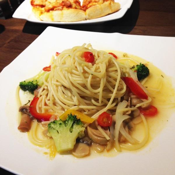清炒辣椒蔬菜麵