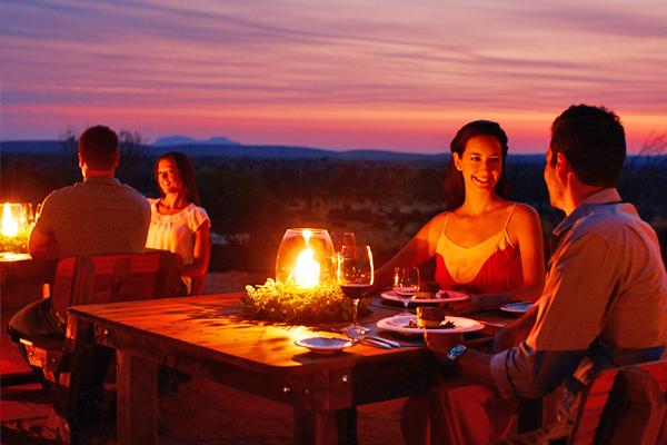 艾爾斯岩Table 131°星空晚宴