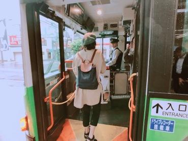 都營巴士,前門上、後門下