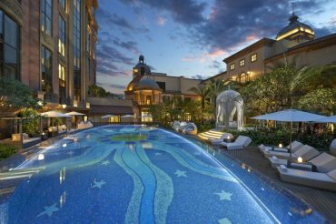 taipei-luxury-spa-pool (1)