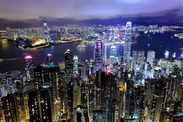 香港維多利亞港shutterstock_112151279